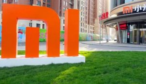Xiaomi patents weird-looking smartphone with 'twisting display'