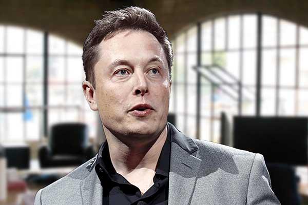 埃隆·马斯克的SpaceX公司和美国陆军联手研发运输武器的火箭系统