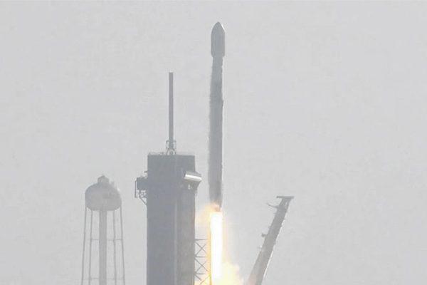 由于天气恶劣,SpaceX推迟了starlink的发射