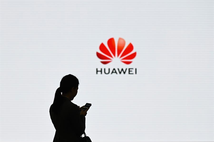 华为超过三星成为最大的智能手机销售商