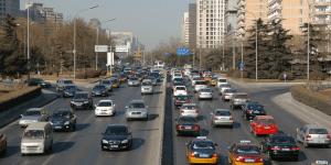 在中国,数千万通勤者的上下班时间长达一小时