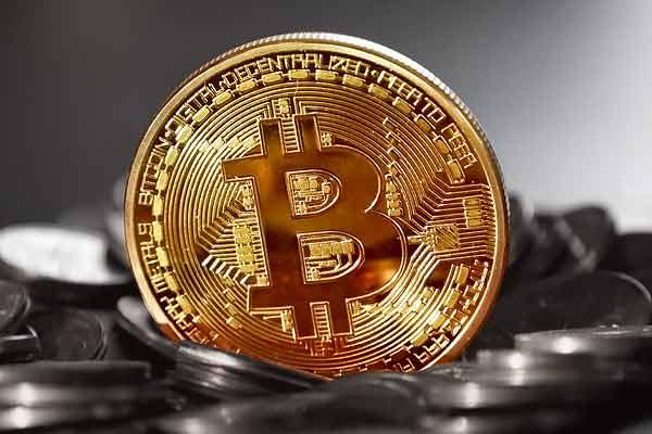 比特币跨越25000美元——马克;加密货币在2020年上涨了224%