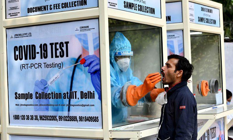 一例死亡,447例副作用引发了人们对印度疫苗安全性的担忧