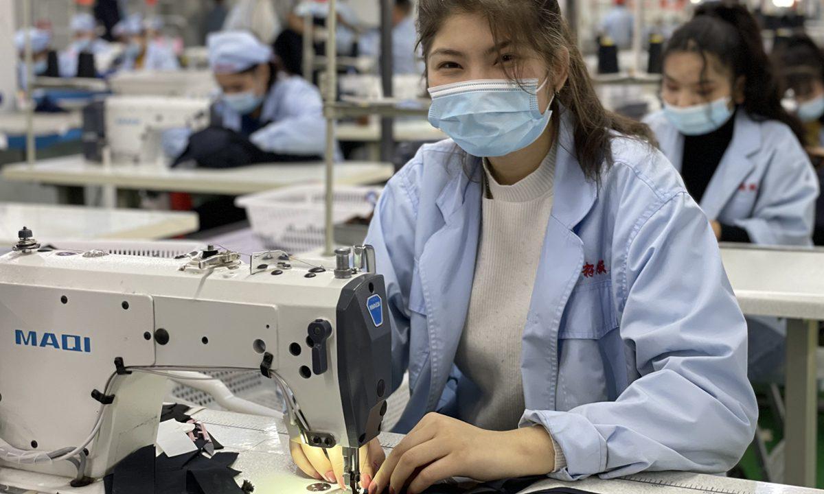 中国敦促英国,加拿大撤销新疆进口禁令