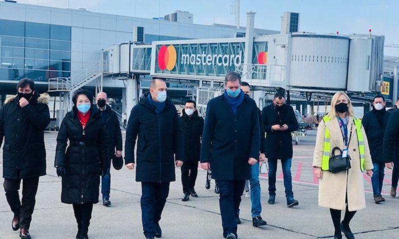 中国疫苗在塞尔维亚受到总统欢迎