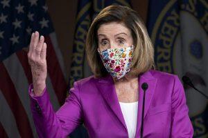 """南希·佩洛西:国会大厦的袭击者是特朗普派出的""""国内恐怖分子"""""""