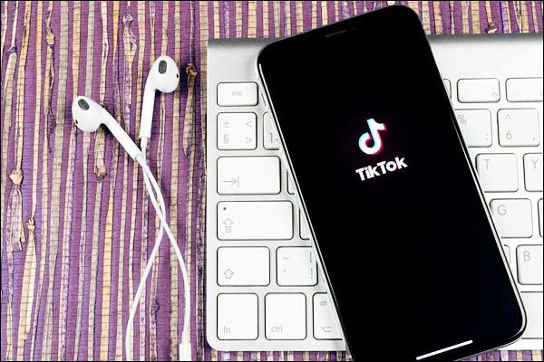 """10岁女孩死亡后,意大利开始调查TikTok的""""停电挑战"""""""