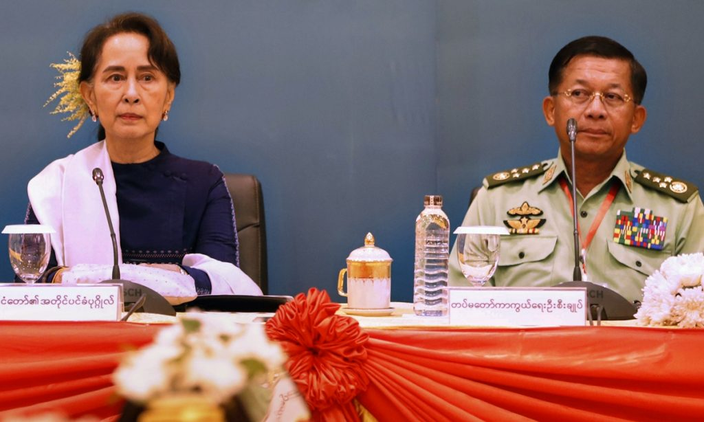 缅甸抗议者无视军政府