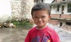 """12岁的""""小马云""""被解除合同后回家,网民们纷纷表示同情"""