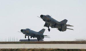 中国将用先进机型取代J-7战斗机