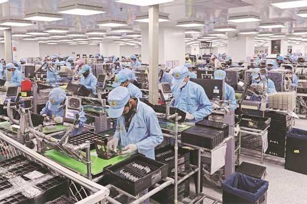 小米扩大了智能手机和智能电视在印度的生产