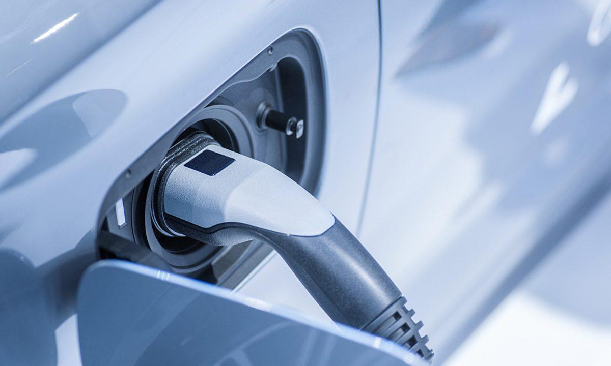 专家警告说,不受监管的新能源电池回收系统会造成污染