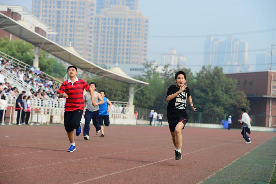 官方数据显示,30%的中国大学生身体健康不合格