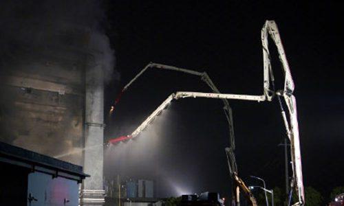 最新消息:8人在上海一家工厂的火灾中丧生