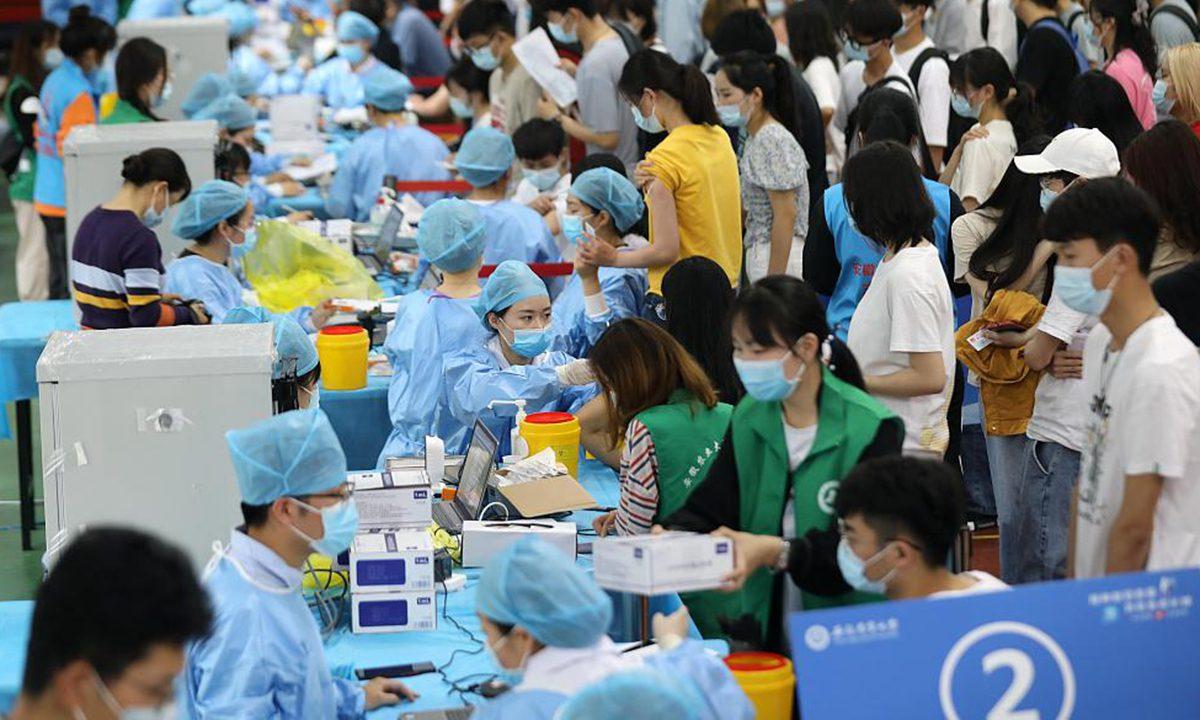 在安徽和辽宁报告了一些国内病例后,大家开始争相接种疫苗