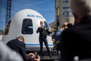 外媒:贝索斯将于7月20日飞往太空