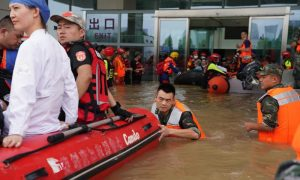 从河南洪水造成死亡人数上升至99,直接经济损失为140亿美元