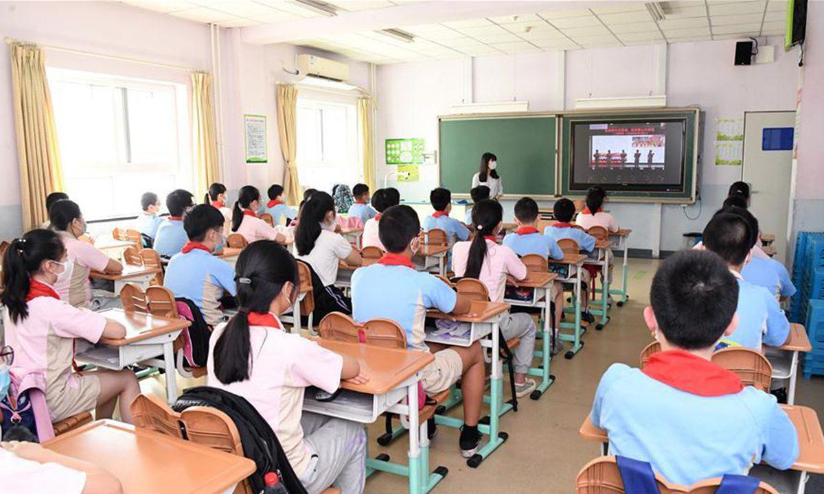 北京义务教育阶段学校不得使用境外教材