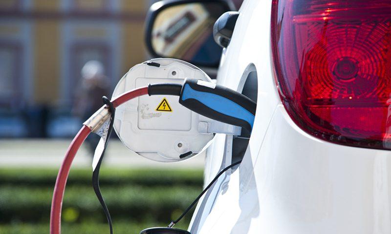 外资大举进入中国电动汽车市场